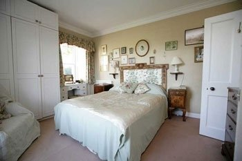 Double Bedroom With En Suite Bathroom_old manse gartmore