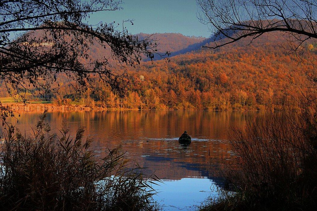 Autumn Holidays in Loch Lomond