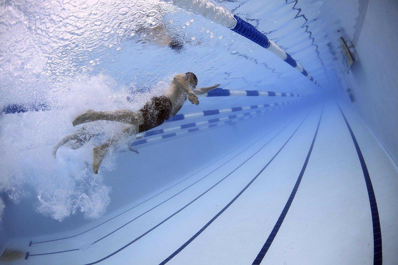 Loch Lomond Hotels swimming pool
