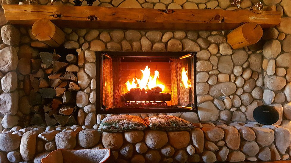 loch lomond bed and breakfast with open fire_fire place